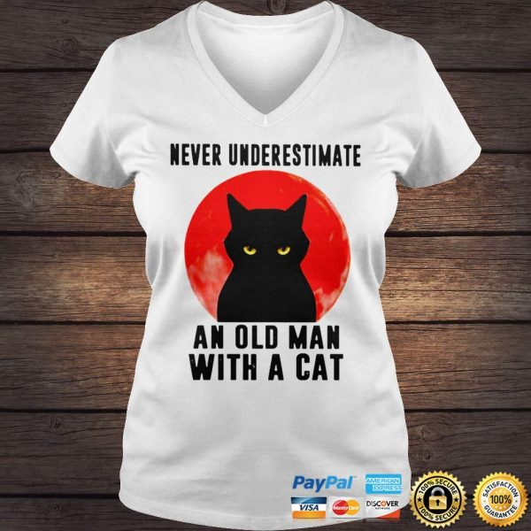 Never underestimate an old man with a cat shirt Ladies V-Neck