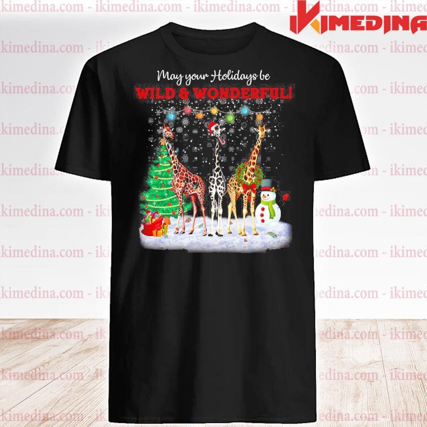 Premium giraffe may your holidays be wild and wonderful merry christmas sweatshirt